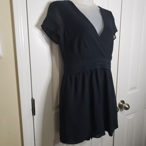 Forever 21 Black Short Sleeve Romper Size Medium